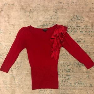 ***Like New*** super soft Bebe ruffle sweater